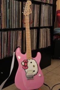 Hello Kitty Fender Strat