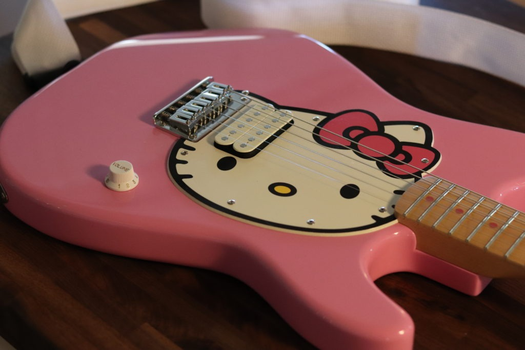 Hello Kitty Fender Strat