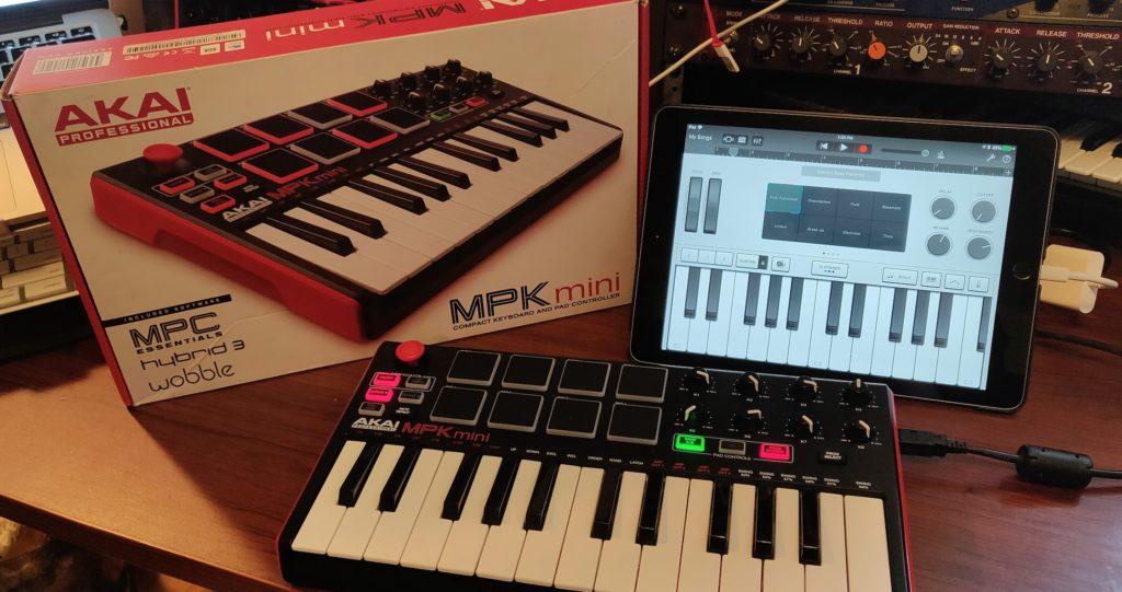 Akai MPK Mini MkII + iPad = Bass Rig Keyboard Setup | Do You